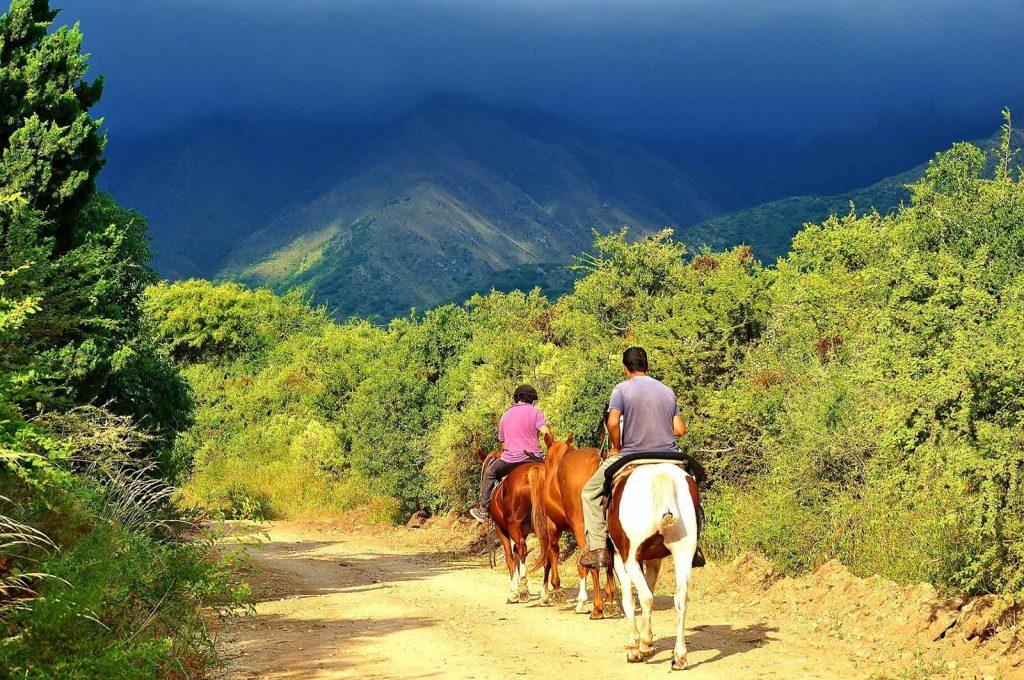 Cabalgata por Villa de Merlo, San Luis