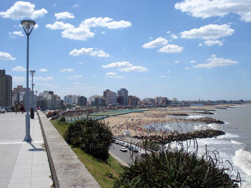 Playa La Perla. Mar del Plata