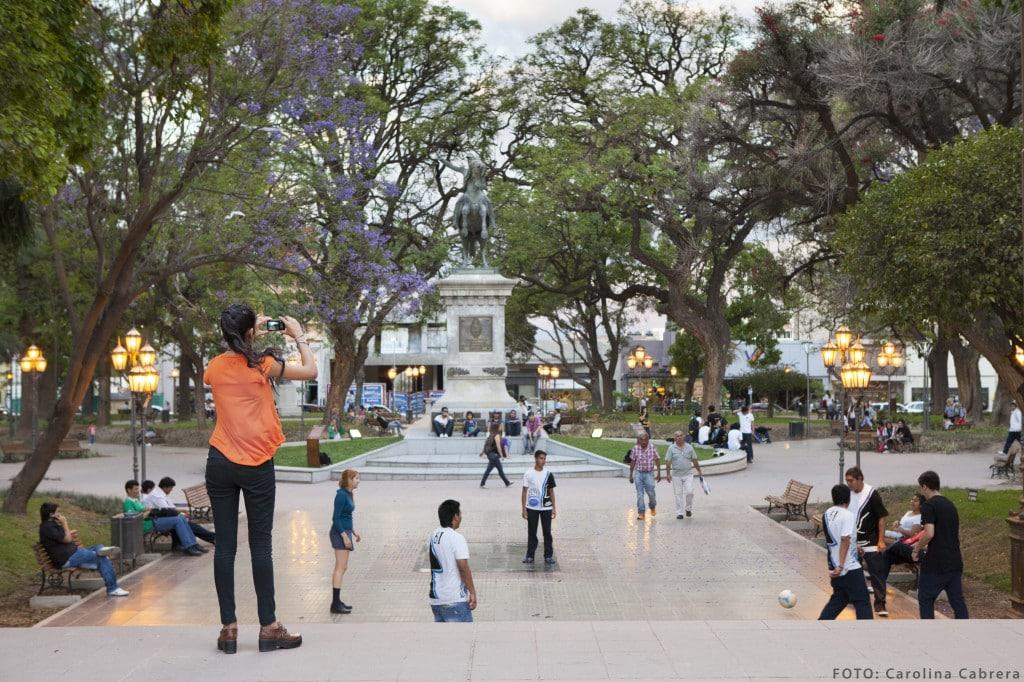 Plaza 25 de mayo, San Fernando del Valle, ph Carolina Cabrera