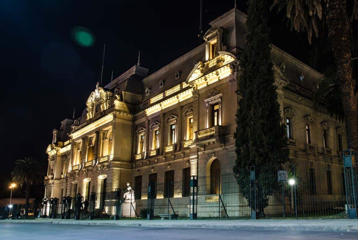Casa de Gobierno de San Salvador de Jujuy de noche, foto: Hernan Paganini