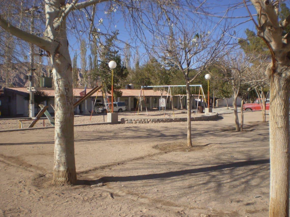 Plaza de Angastaco, Salta - wikicommons