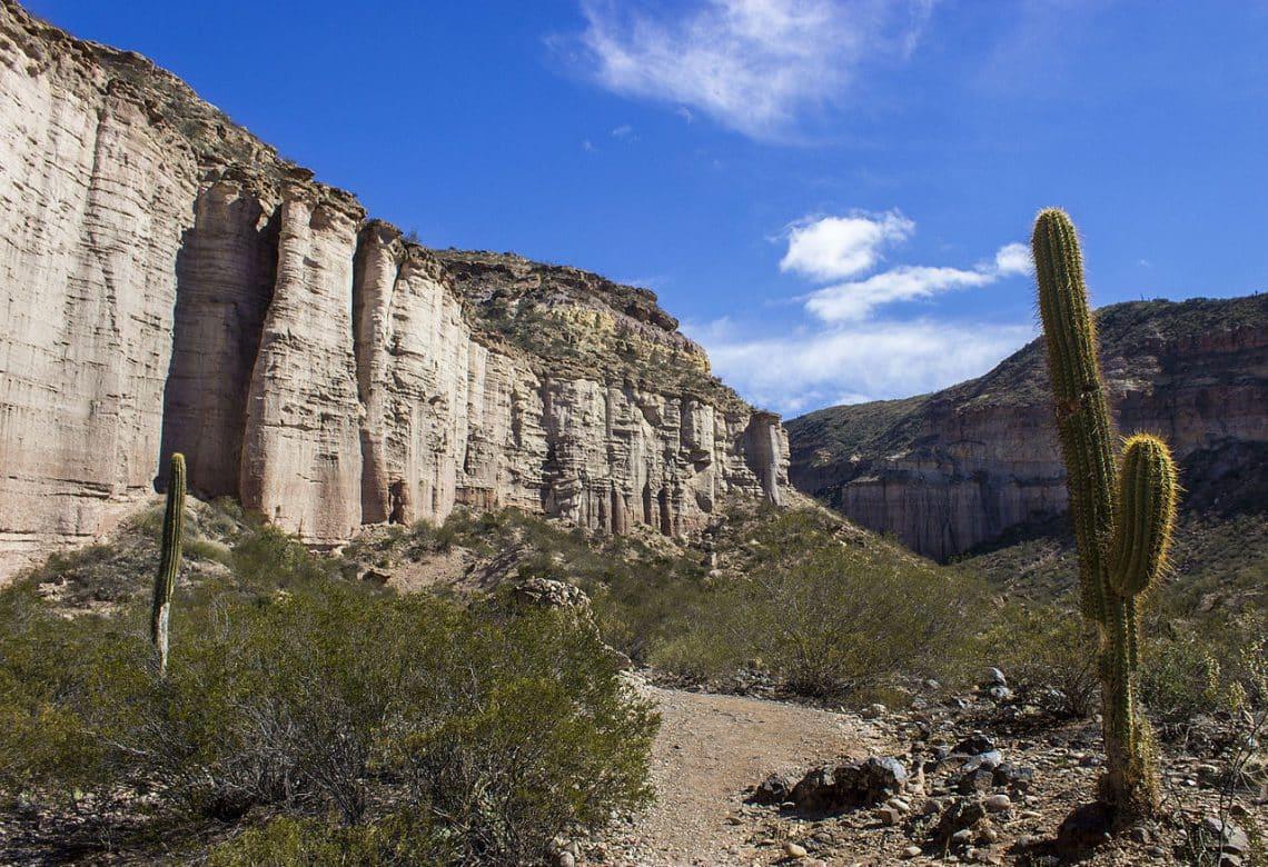 Parque Provincial El Chiflón en La Rioja - wikicommons