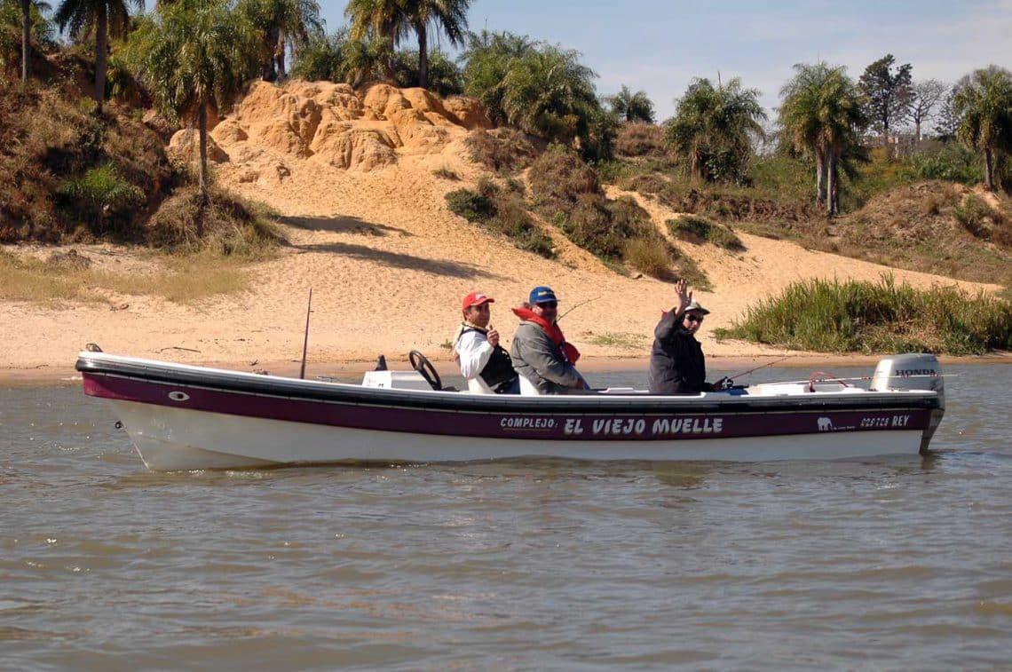 Pesca en el Río Paraná, Bella Vista, Corrientes