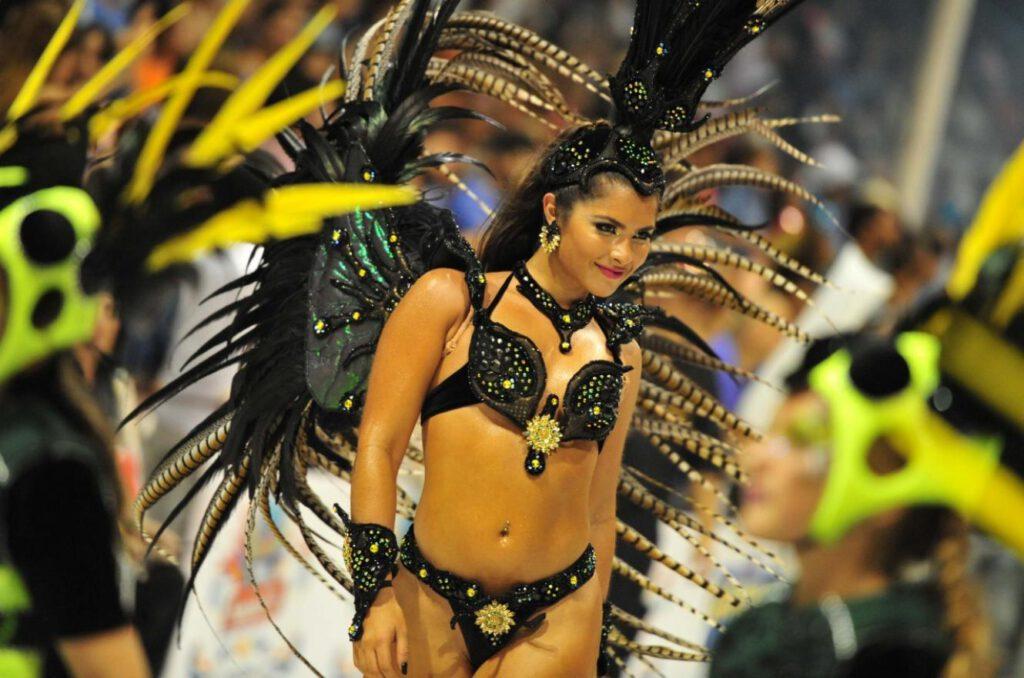 Comparsa Papelitos, carnaval de gualeguaychú, Entre Ríos