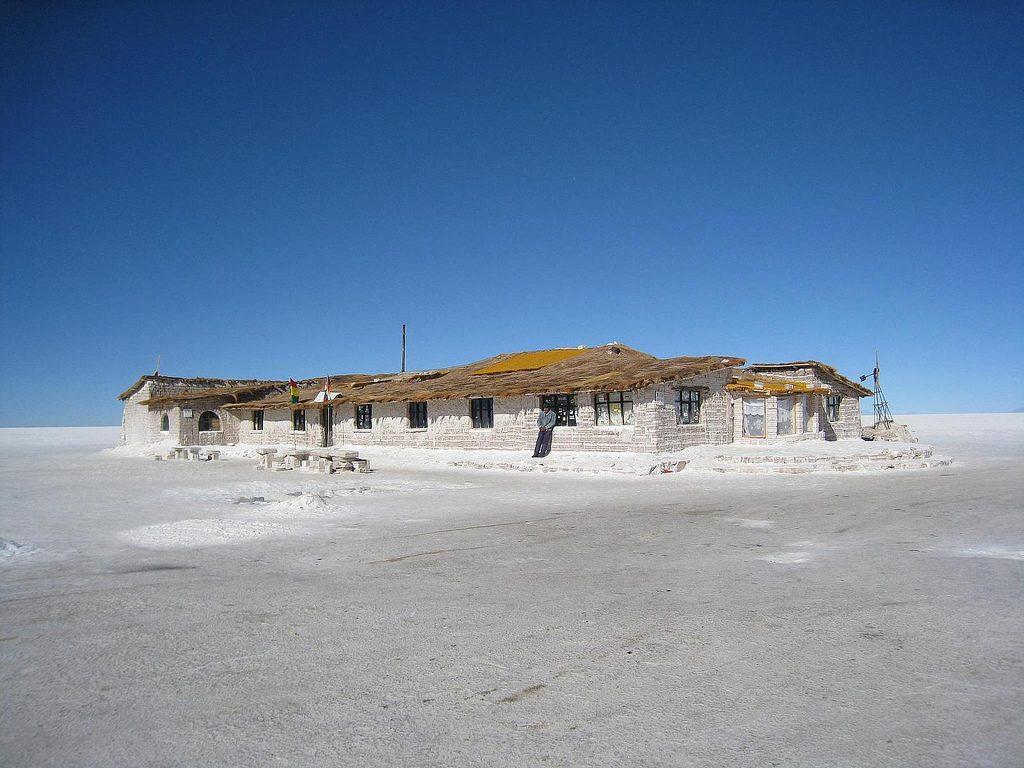 Hotel de Sal, Salar de Uyuni, Bolivia - wikicommons