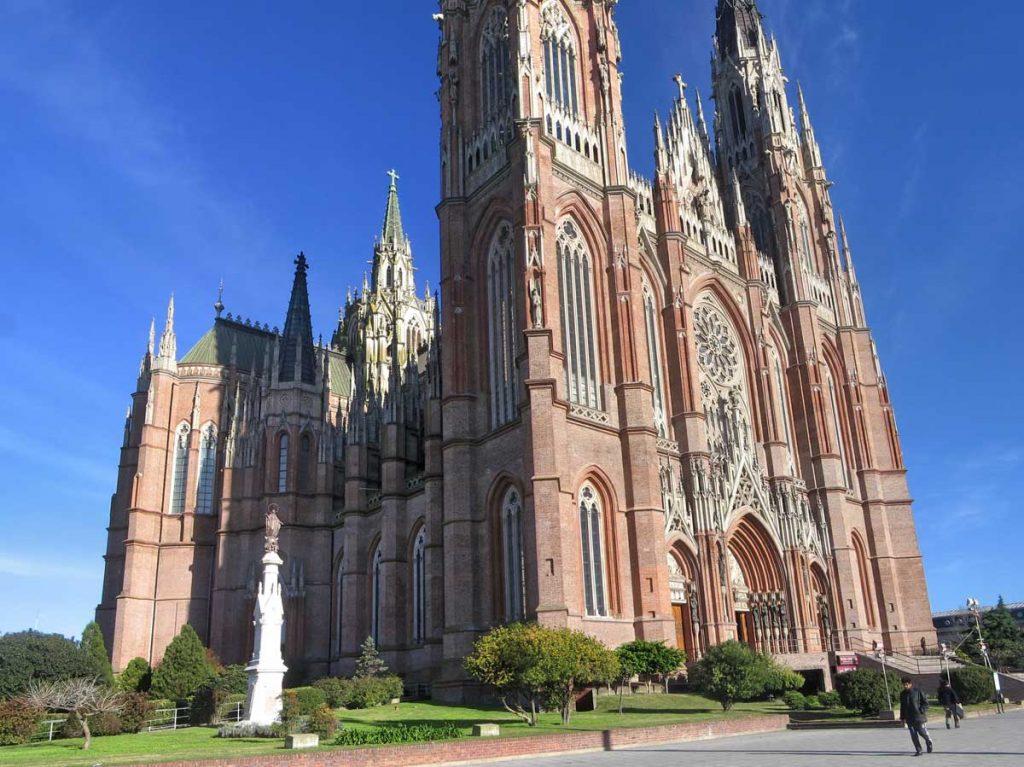 Catedral de La Plata, misteriosdelaplata.blogspot.com.ar