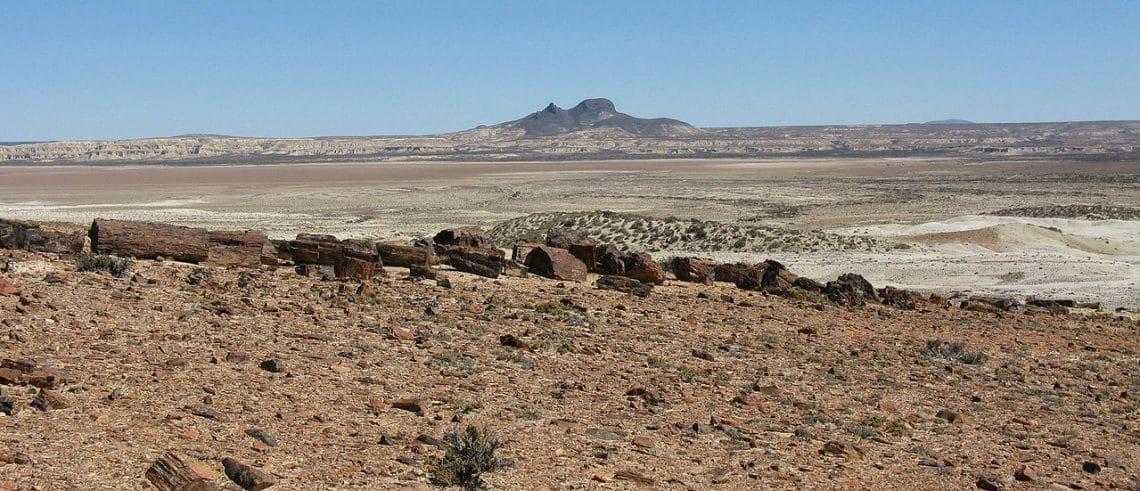 Cerros Madre e Hija, Parque Nacional Bosques Petrificados de Jaramillo, Santa Cruz