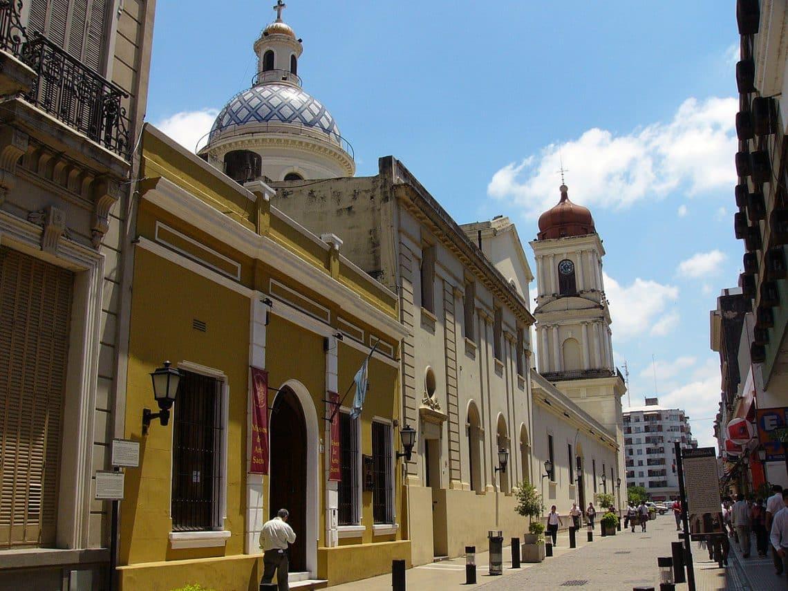 Calle de San Miguel de Tucumán
