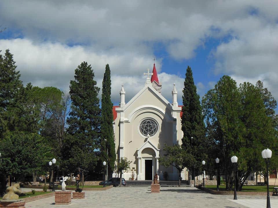 Iglesia San Juan Bautista - Dirección de Turismo de Nono