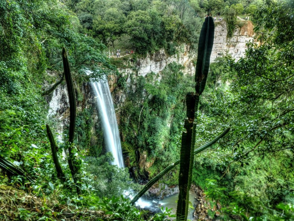 Salto Encantado, Aristóbulo del Valle, Misiones