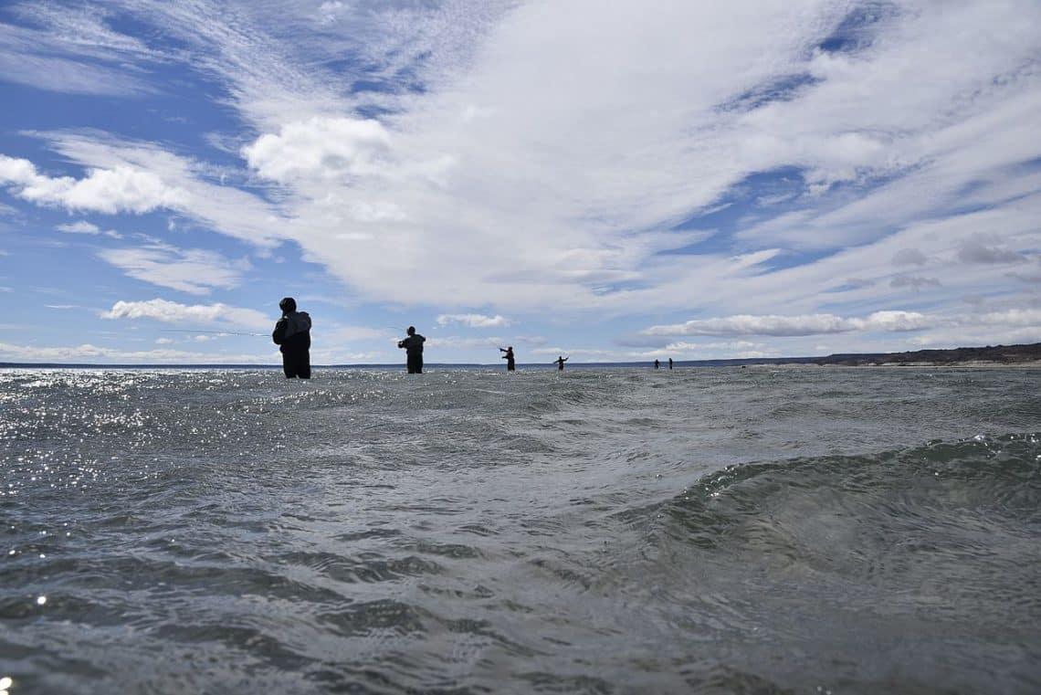 Pesca en Lago Strobel, Santa Cruz