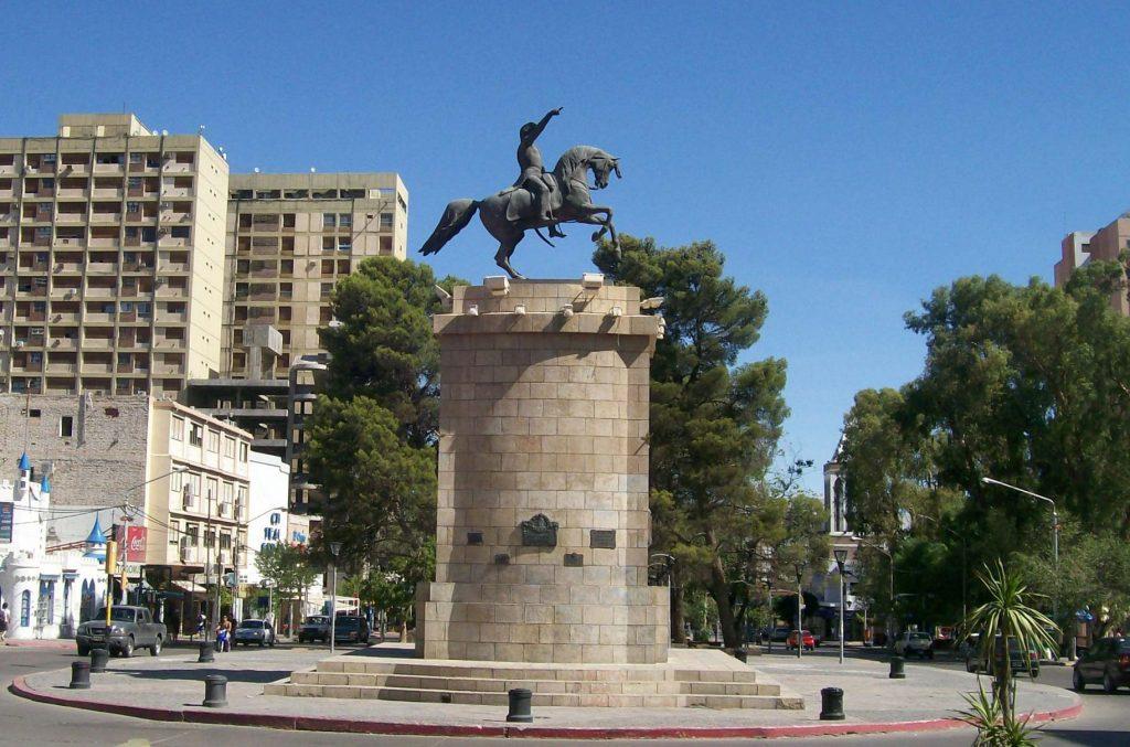 Monumento a José de San Martín, Neuquén Capital