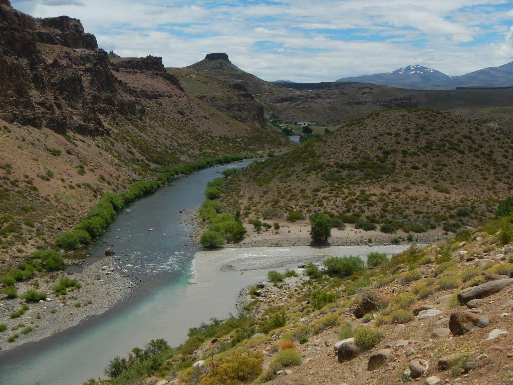 Unión de ríos Neuquén y Varvarco, Varvarco