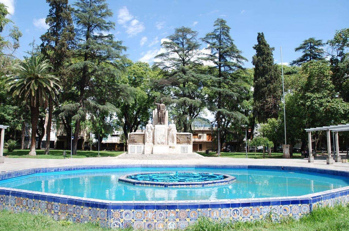 Plaza Italia, Ciudad de Mendoza
