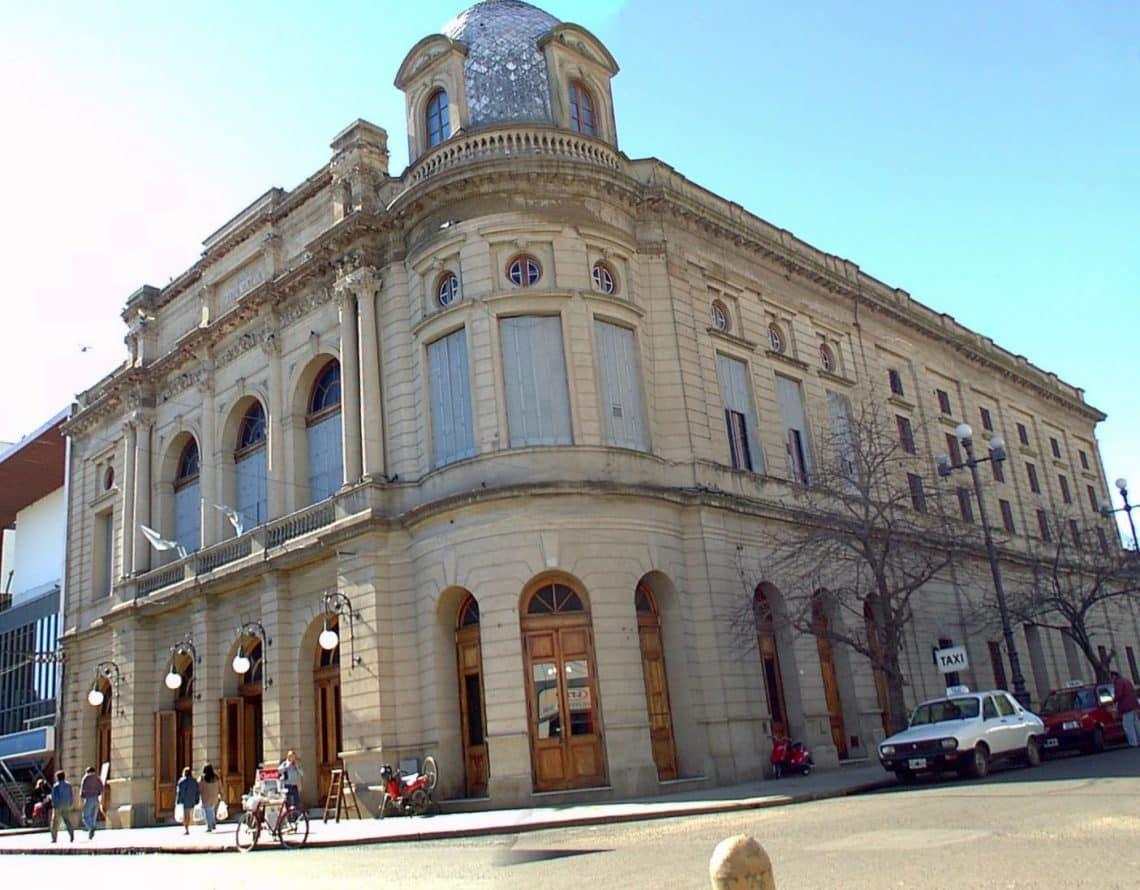 Teatro Municipal Rafael de Aguiar de San Nicolás de los Arroyos