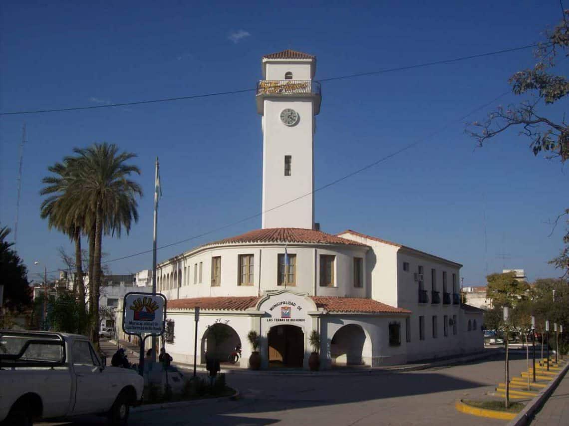 Edificio_municipal_de_Termas_de_Rio_Hondo