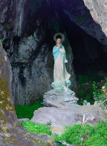Gruta de la Virgen, Villa Traful