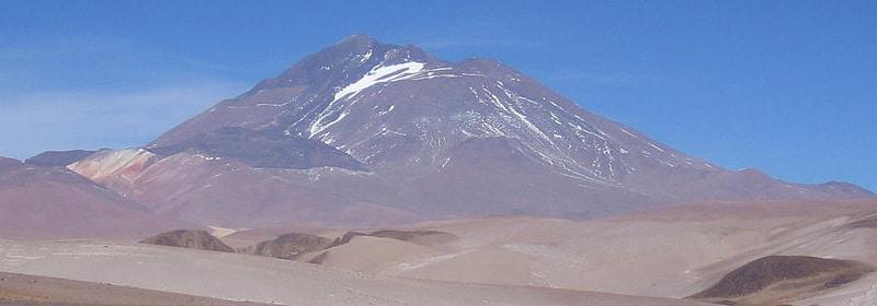 Volcan Llullaillaco en Tolar Grande, Salta