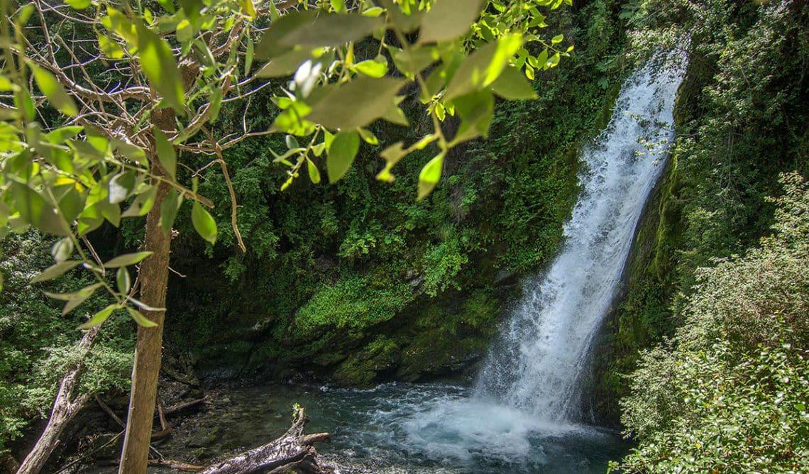 Catarata del Arroyo Corbata - El Hoyo, Chubut - Dir Turismo El Hoyo