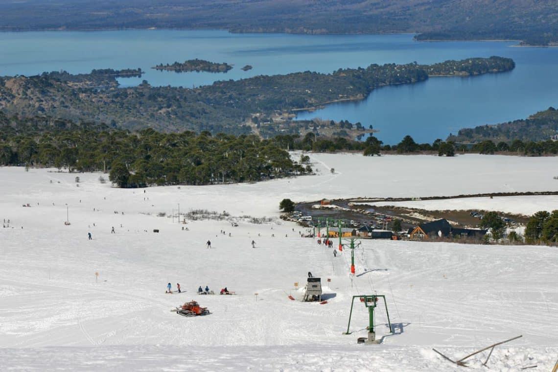 Batea Mahuída, Ski, Villa Pehuenia, Neuquén - foto: Diego Poy