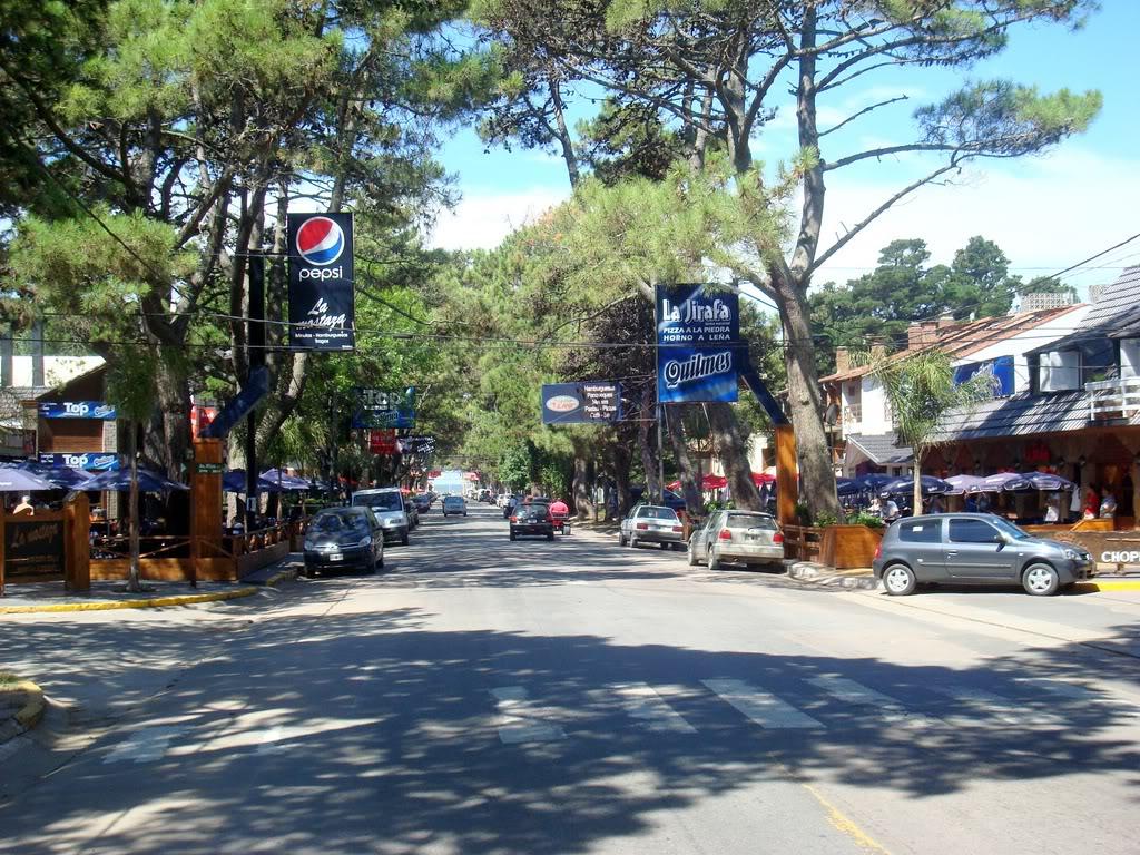 Plaza de San Bernardo, costa Atlántica, Buenos Aires