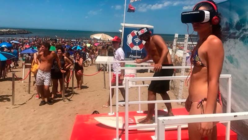 Surf Virtual en playa Grande, Mar del Plata - foto:Infobae