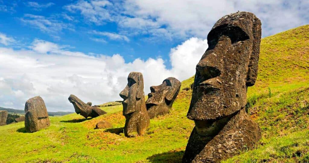 Moais de Rapa Nui, Isla de Pascua, Chile