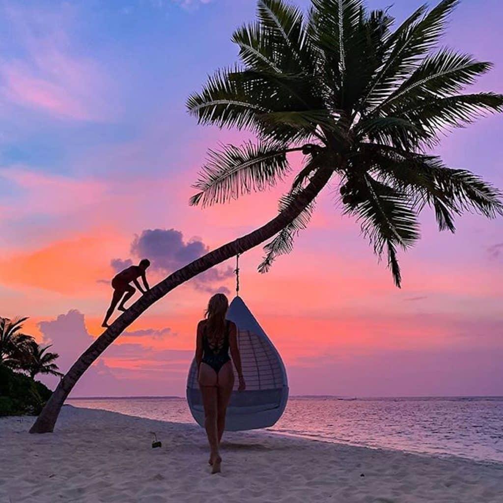 Atardecer en Maldivas - ph @hofitgolanofficial