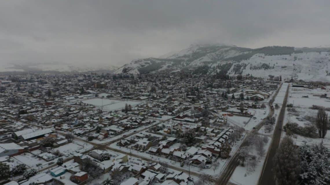 Nieve en Esquel, foto: red43.com.ar