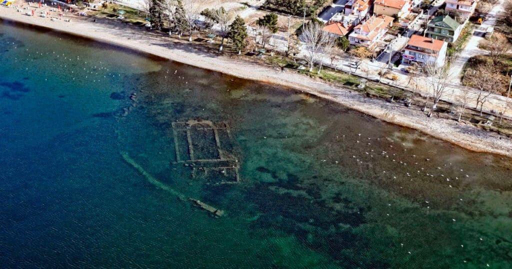 La basílica de San Neophytos, un tesoro en el fondo del Lago Iznik