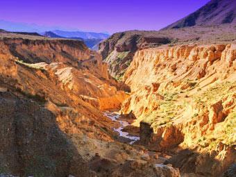 El increíble paisaje del cañon del ocre en la Rioja