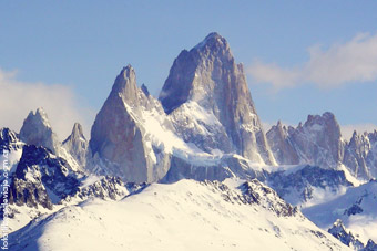El Cerro Fitz Roy, imponente en el Chaltén por Libros de Viaje