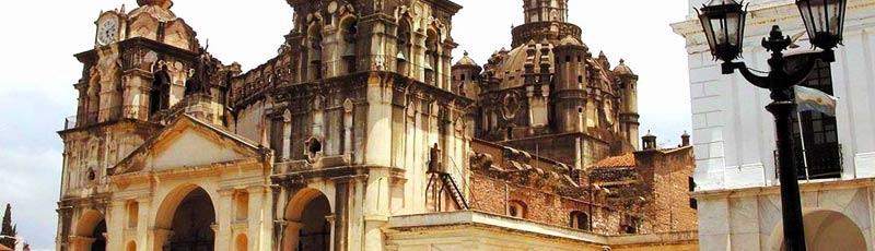Córdoba posee más de 80 campanarios e iglesias