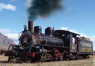 La familia que viaja por la Patagonia, en Chubut, en el agasajo a La Trochita