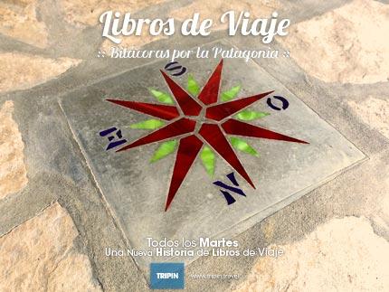 Libros de viaje en la Hosteria Alejo en el Maiten, repleta de historia patagonica