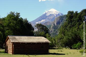 El volcan Lanin y libros de viaje