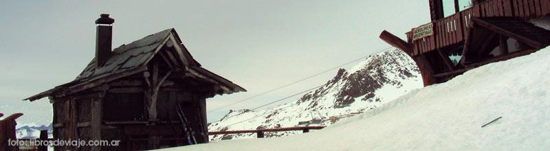 Comienza una nueva temporada de nieve argentina y la palpitamos con la familia de Libros de Viaje