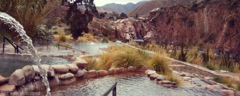 El paisaje de las termas de Cacheuta, un lugar increíble en Mendoza