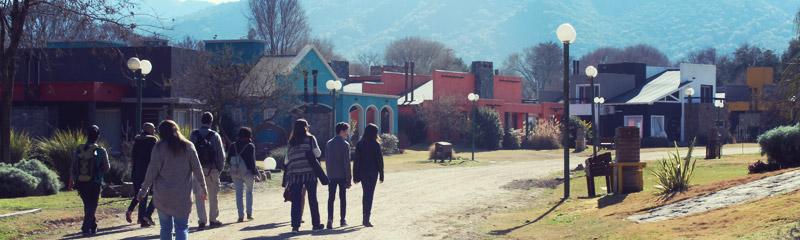 Recorriendo el complejo Valle del Sol, en Santa Rosa de Calamuchita
