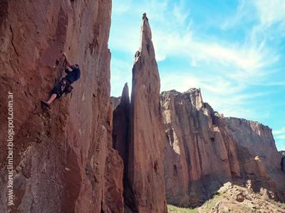 Escalada en Piedra Parada, Chubut