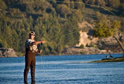 Temporada de pesca en Neuquén, ideal para los fanaticos de la pesca deportiva