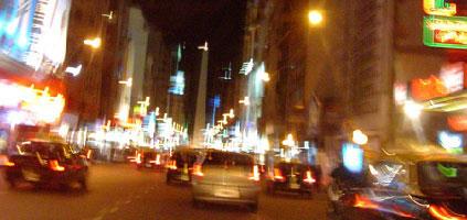 Avenida Corrientes de noche