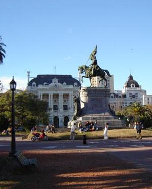 Monumento a San Martín La Plata