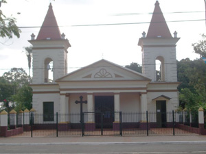 Iglesia San Juan Bautista de Ituzaingó