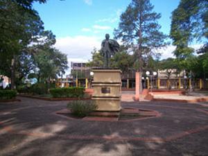 Plaza General San Martín de Ituzaingó