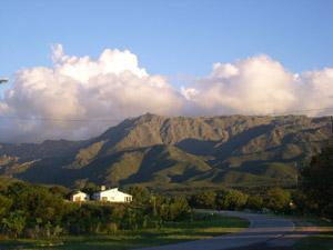 Papagayos con Cerro Negro de fondo