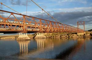 Antiguo Puente Colgante
